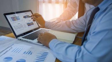Tirez parti des analyses pour optimiser votre stratégie de gestion de flotte